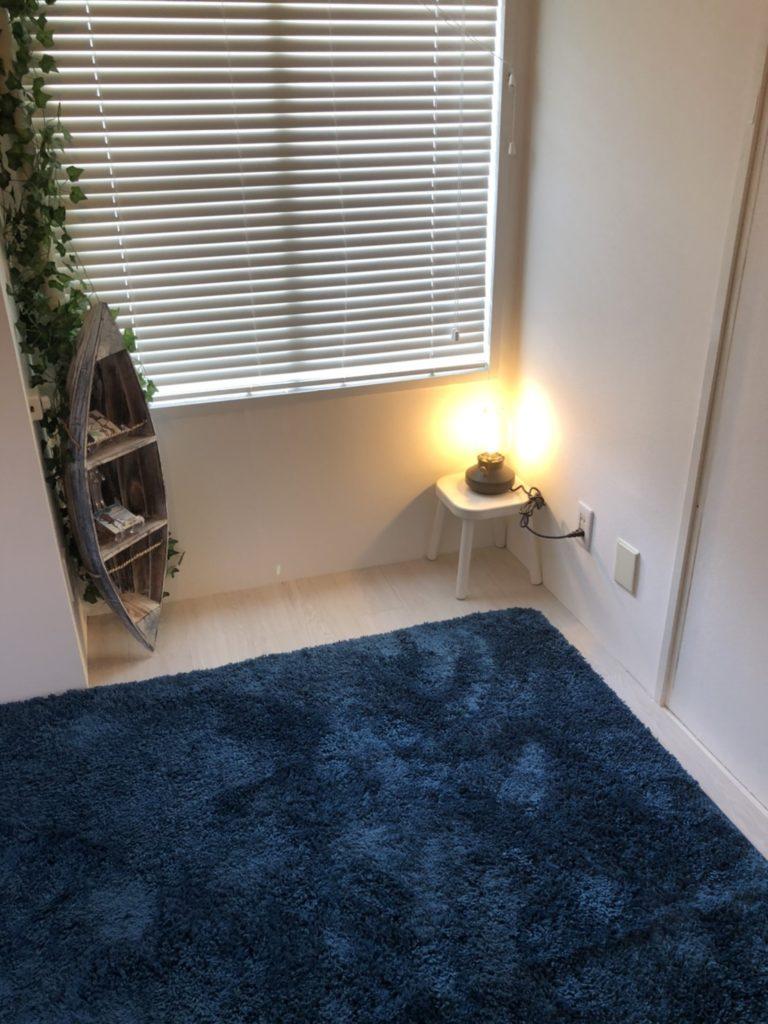 藤沢鵠沼のマッサージ、ナミイロサロンの室内画像。フーレセラピールーム